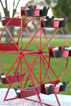 Ferris Wheel Cupcake Stand Holds 24 Cupcakes Enticing Tables
