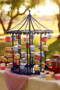 Cupcake Carousel 1 - cake and cupcake stands