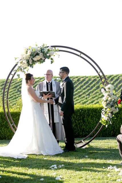 Circle Arch 2.0 - Wedding & Party Rentals and Sales in San Diego, CA